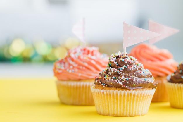 Los cupcakes son torticas pequeñas muy deliciosas