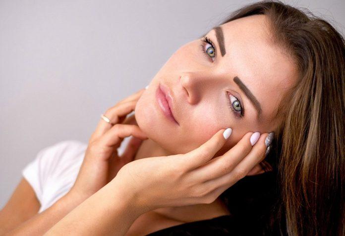 Mejora el tono de piel con estos tónicos
